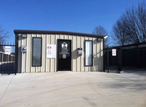 B And B Storage - Madison - 13208 Burgreen Rd