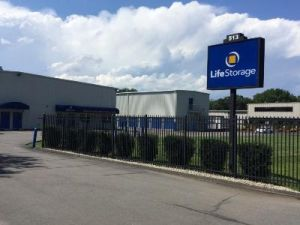 Life Storage - Wallingford - Main Street