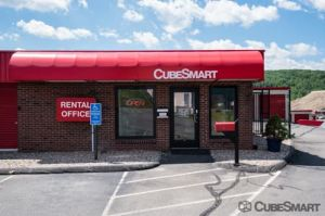 CubeSmart Self Storage   Waterbury   2454 East Main Street