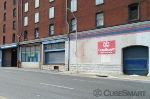 CubeSmart Self Storage   Baltimore   211 East Pleasant Street