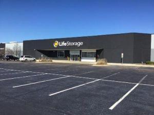 Life Storage   Elgin