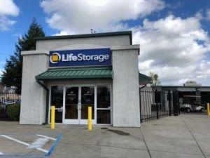 Life Storage - Sacramento - El Camino Avenue & 15 Cheap Self-Storage Units Elk Grove CA w/ Prices from $19/month