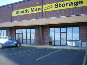 Muddy Man Climate Controlled Storage at Vista Plaza (across from Walmart on Hwy 76)