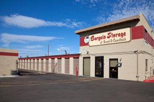 Bargain Storage at Grand & Camelback