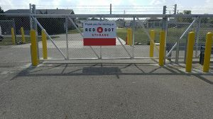 Red Dot Storage - Hwy 52