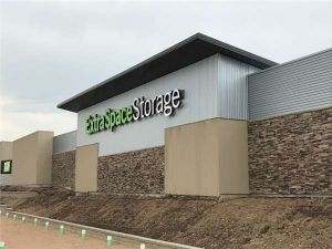 Extra Space Storage - Englewood - Mineral Ave & 15 Cheap Self-Storage Units Aurora CO w/ Prices from $19/month