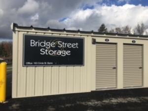Etonnant Bridge Street Storage