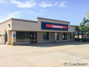 CubeSmart Self Storage - Edmond - 14333 N Santa Fe Ave