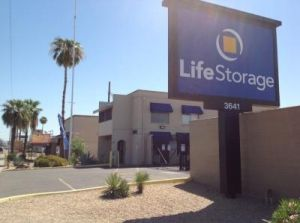 Life Storage - Phoenix - 3641 West Camelback Road