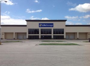 Life Storage - Kansas City - 5615 Bannister Road