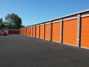 Lake Oswego, OR Self Storage Units For Car Storage