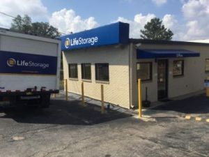 Life Storage - Birmingham - Center Point Road