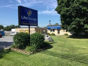 Life Storage - Mechanicsburg - Salem Church Rd