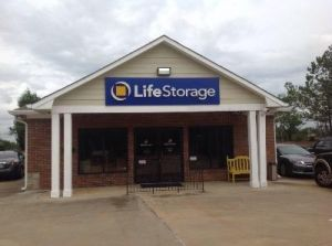 Life Storage - Columbus - Armour Road