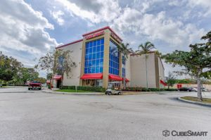 CubeSmart Self Storage - Lake Worth - 6788 Lantana Rd