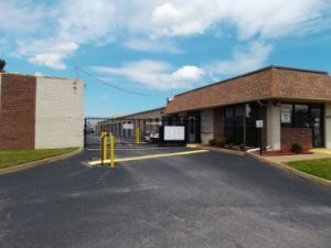 AAAA Self Storage & Moving - Virginia Beach - 4656 Honeygrove Rd