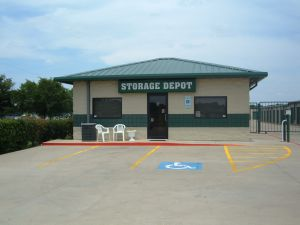 Storage Depot - Fort Worth - Fossil Creek