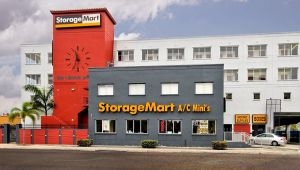 StorageMart   NW 7th St At Red Rd