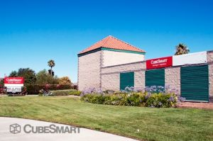 CubeSmart Self Storage - Hemet