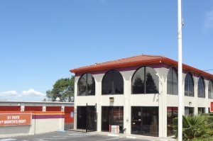 Public Storage - Pinole - 2624 Appian Way